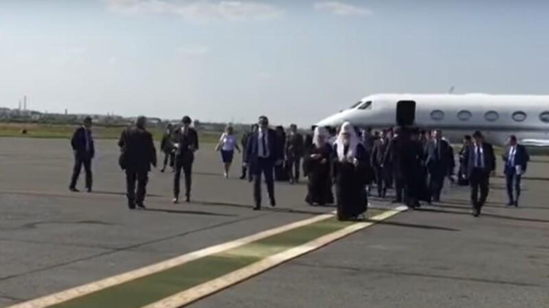 Patriarhul Rusiei si avionul sau