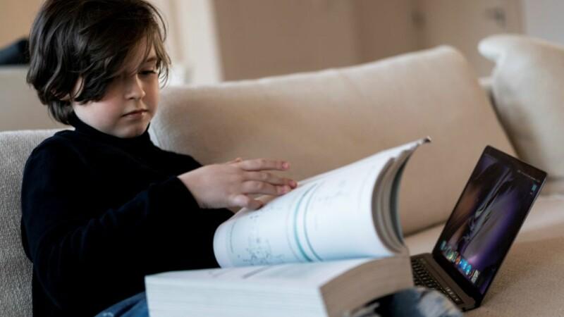 Motivul pentru care un copil genial de nouă ani renunță la facultate, înainte de absolvire
