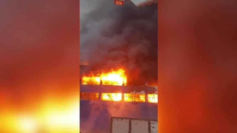 Hală din Câmpia Turzii distrusă complet de un incendiu