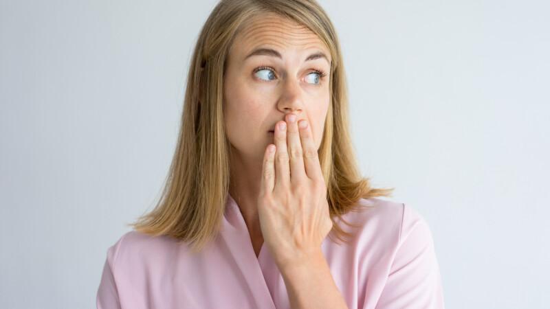Bolile grave ce se pot ascunde în spatele respirației urât mirositoare. Ce spun medicii
