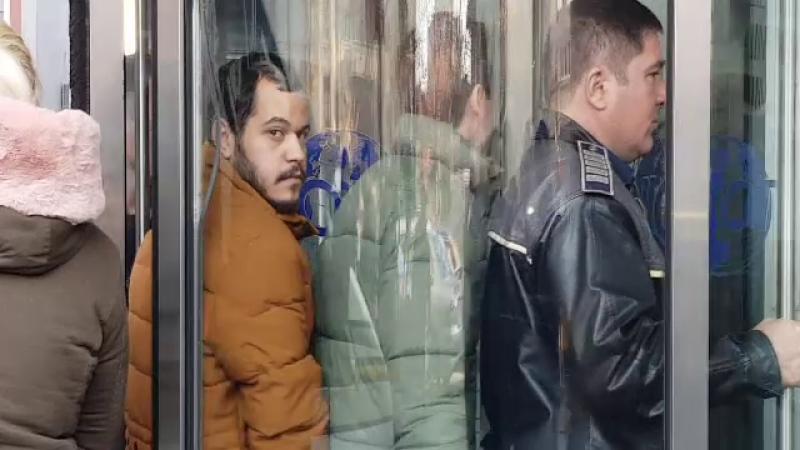 Israelianul care a înjunghiat 2 femei, în București, a fost dus la DIICOT