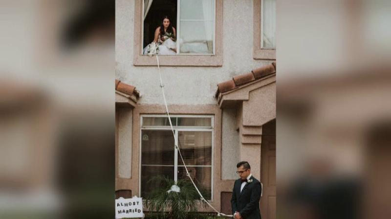 Soluția găsită de doi tineri ca să se căsătorească, după ce mireasa a aflat că are coronavirus