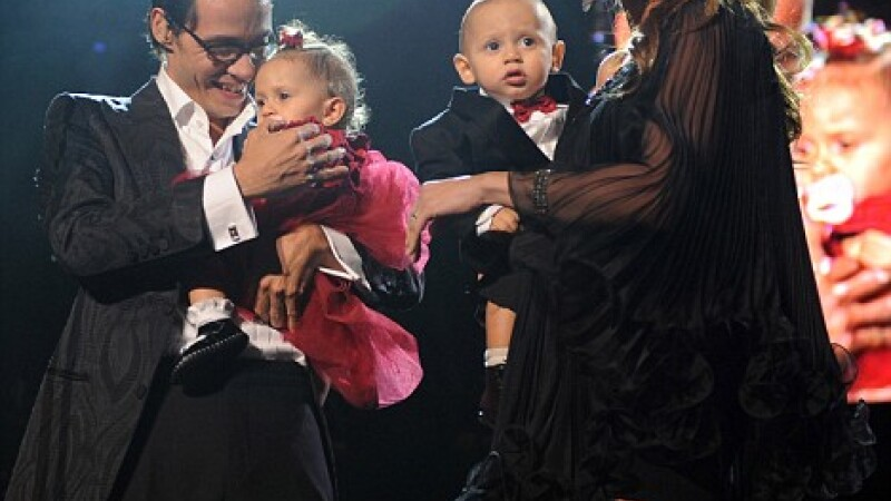 Jennifer Lopez, Marc Anthony si gemenii