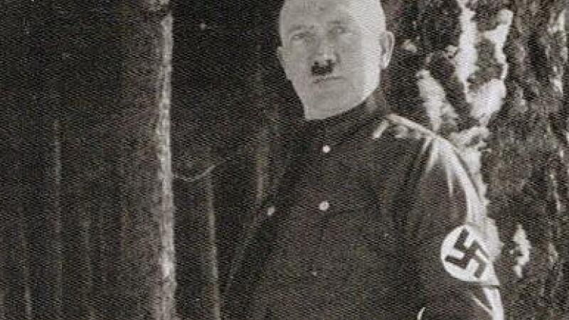 Fotografia pe care Hitler a incercat sa o ascunda de istorie. De ce ii era atat de rusine de ea