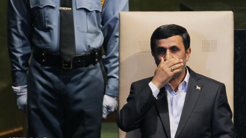 Iranul impune noi restrictii pentru accesul la Internet si blocheaza serviciile de mesagerie