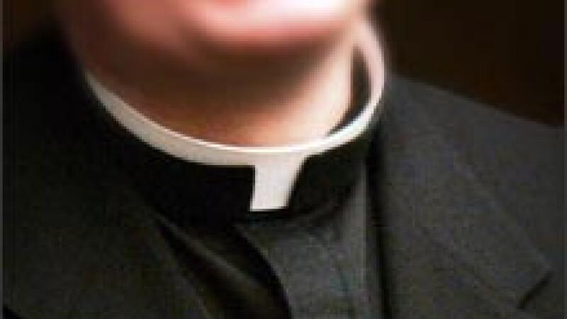 Reactia incredibila a unor enoriasi catolici din Irlanda, dupa ce preotul a recunoscut in fata lor ca este homosexual