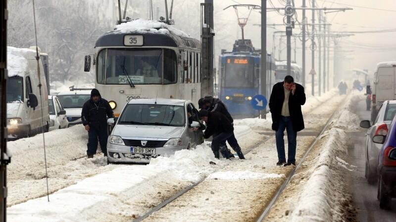 Blocat pe linia de tramvai