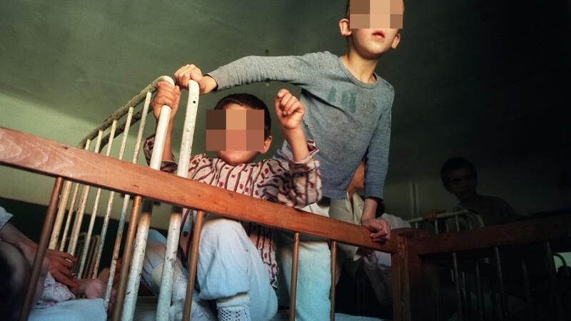 Experiment pe orfanii din Romania.