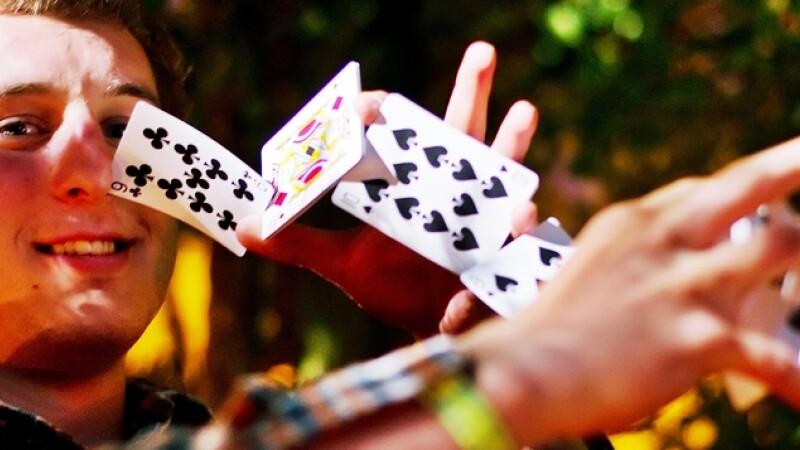 prestidigitator, iluzionist, magician