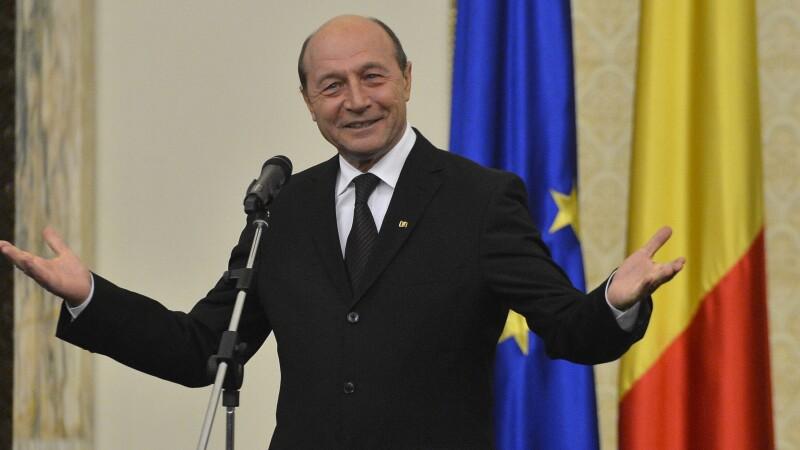Traian Basescu: As fi vrut ca cei ce guverneaza sa se fi batut pentru tara cum m-am batut eu