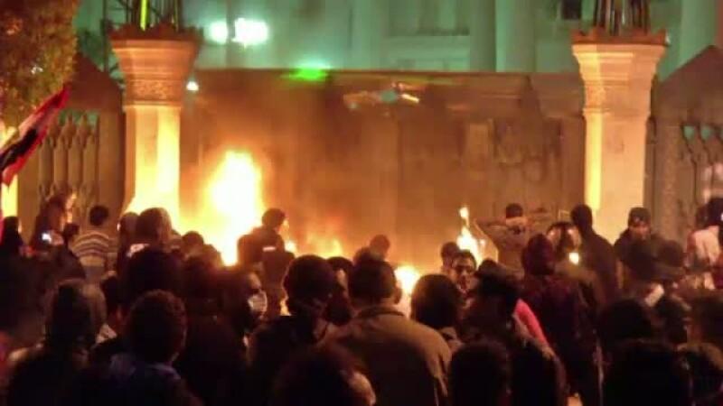 Protestele impotriva conducerii islamiste din Egipt au luat din nou o turnura violenta