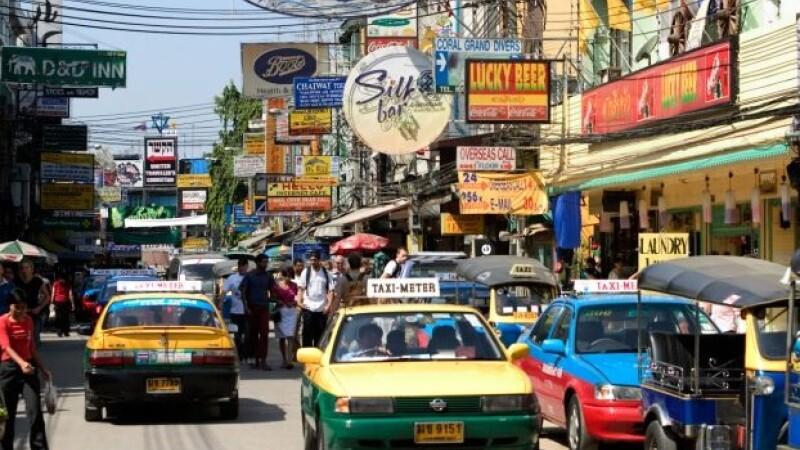 O britanica a fost violata de 4 barbati in Thailanda dupa ce