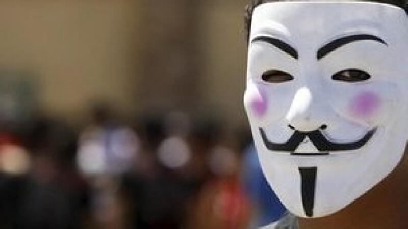 Anonymous a atacat mai multe site-uri islamiste. Le Point: Actiunile hackerilor pericliteaza ancheta autoritatilor franceze