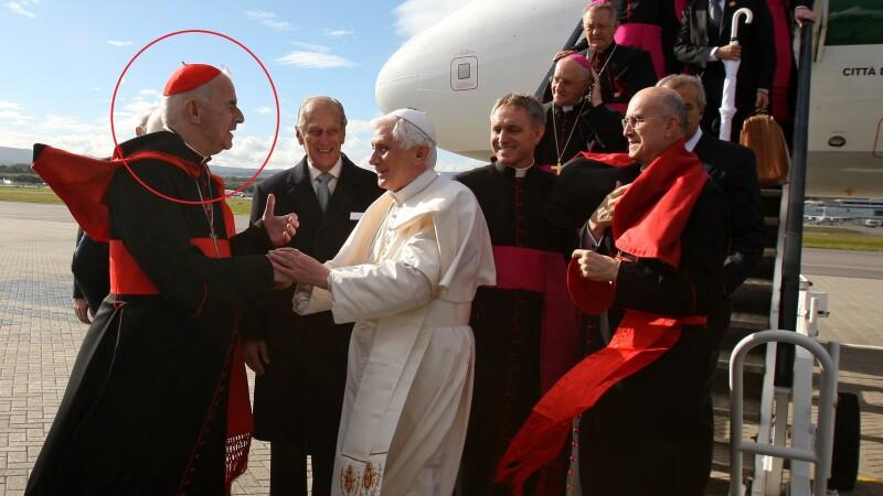 Un cardinal din Scotia, acuzat de comportament indecent, si-a dat demisia. Urma sa voteze noul Papa