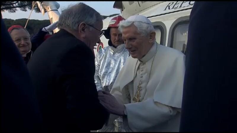 Demisia Papei Benedict al XVI-lea a intrat in vigoare. Ultimul mesaj a fost transmis pe Twitter