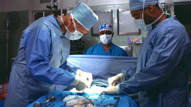 Medicii au reusit imposibilul. Au readus la viata o femeie declarata moarta timp de 42 de minute