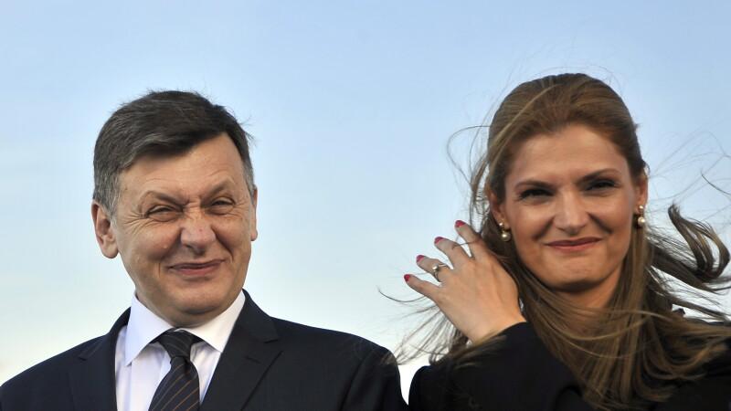 Crin Antonescu si Ramona Manescu