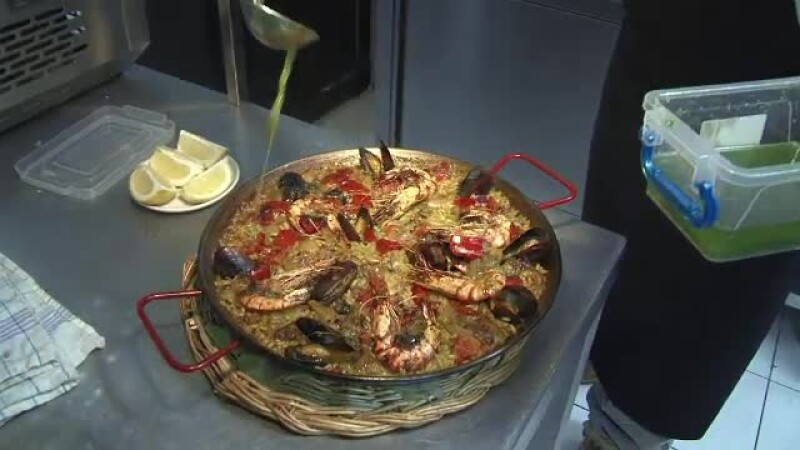 Mozarella de Maramures sau Paella de Bistrita. Ideile profitabile ale romanilor intorsi din Italia si Spania