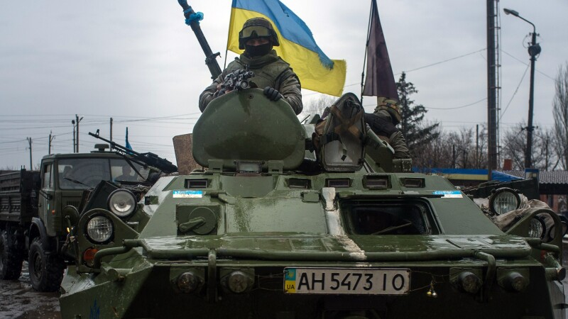 Separatistii din Donetk vor sa recruteze 100.000 de combatanti. BBC: Rusia se implica tot in mult in estul Ucrainei