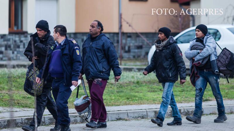 Politistii din cadrul Sectorului Lunga al Inspectoratului Teritorial al Politiei de Frontiera Timisoara au depistat sambata 60 de imigranti care intentionau sa intre ilegal in Romania, pe jos