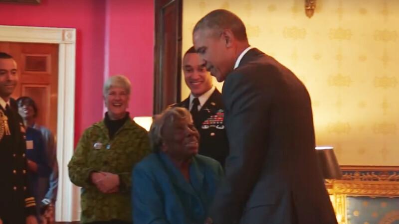 Obama si batranica de 106 ani