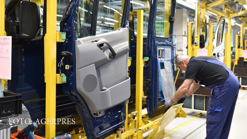 linie de asamblare Mercedes
