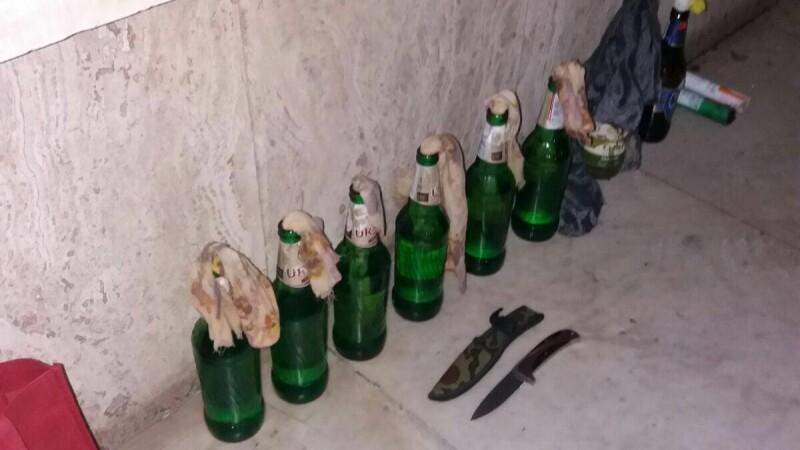 Sticle incendiare si cutite. Ce au gasit jandarmii dupa ce au ridicat 50 de persoane care au fost agresive la proteste