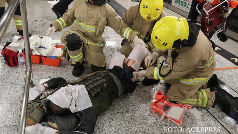 Atac la metroul din Hong Kong: 18 raniti, dintre care 3 grav. \