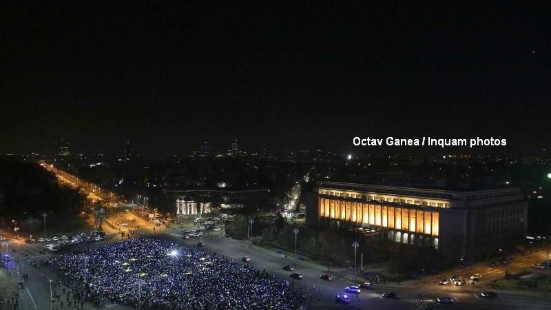 Proteste Piata Victoriei, steagul UE