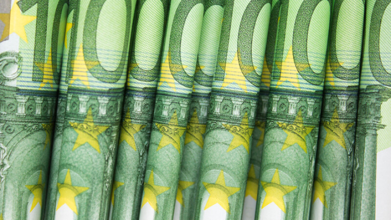hartii de 100 de euro