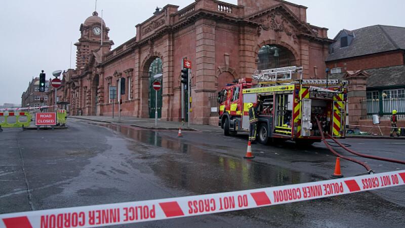 O femeie suspectată că a incendiat gara din Nottingham, reținută