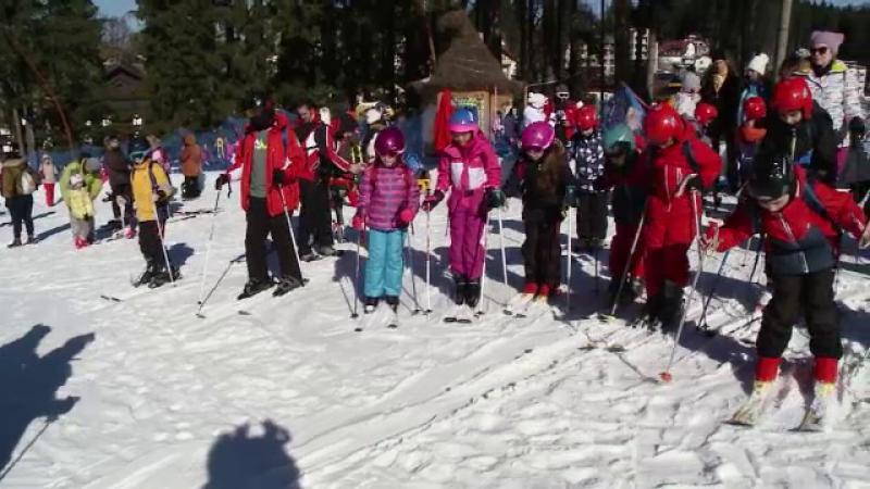 tabere, schi, parinti, copii