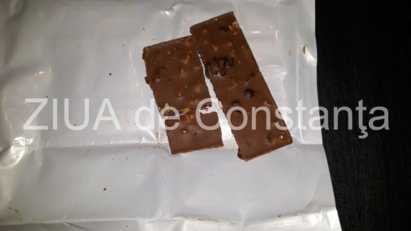 Ciocolată bio infestată cu larve într-un supermarket din Constanța