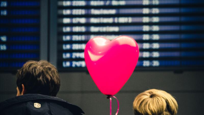 """Compania aeriană care oferă zboruri gratuite celor cu numele """"Valentin"""", de 14 februarie"""