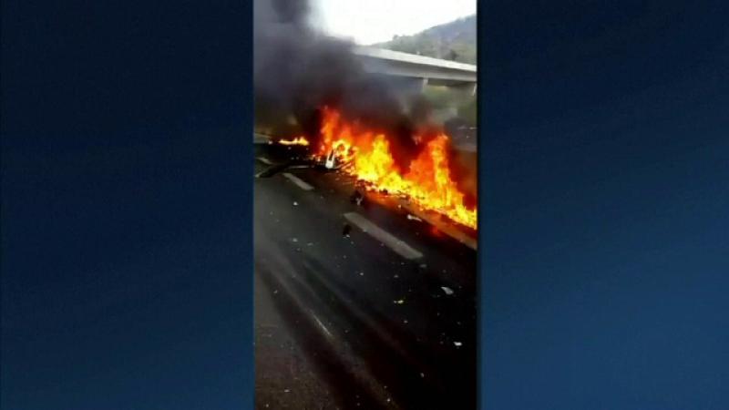 Un celebru jurnalist a căzut cu elicopterul peste un camion şi a murit pe loc