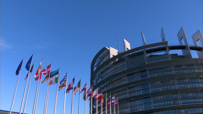 Renunţarea la schimbarea orei de vară, discutată de Parlamentul European. Când se votează
