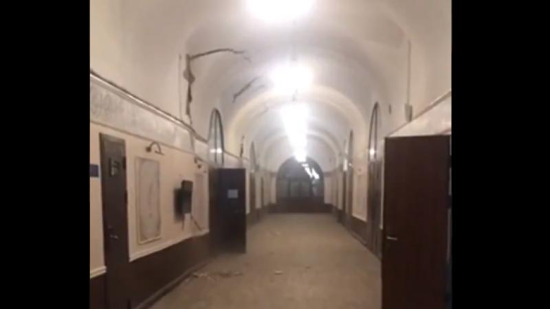Momentul în care o clădire s-a prăbușit în Sankt Petersburg. VIDEO