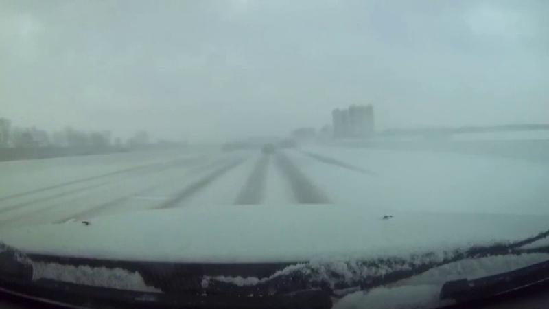 În SUA şi Canada, pe ultima sută de metri a iernii vremea rea face o demonstraţie de forţă