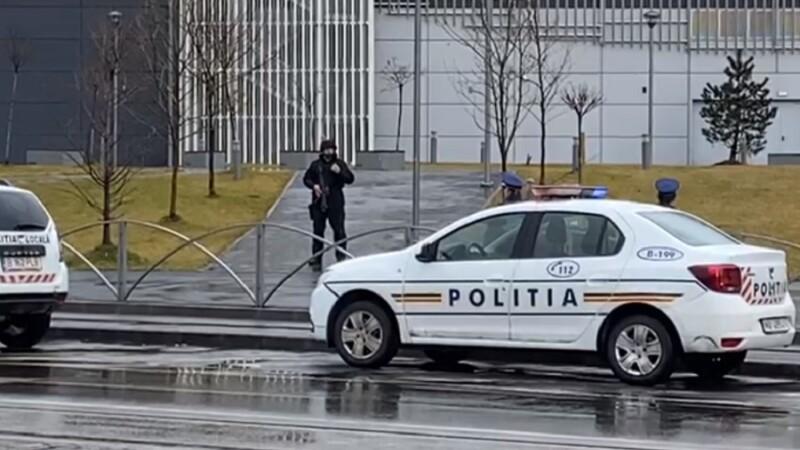 Amenințare cu bombă la un mall din București