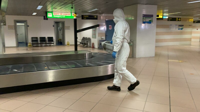 România, în alertă, din cauza coronavirusului. Măsuri speciale de prevenție și control la granița de vest și în aeroporturi