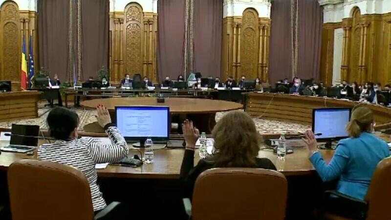 """Scandal la dezbaterile pe buget, în Parlament. Deputat PSD: """"Aţi luat bănuți de la copii"""""""