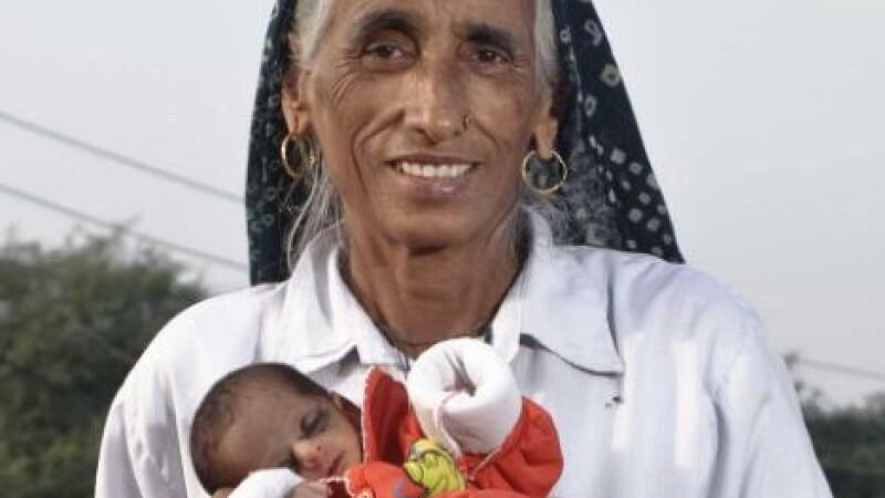 Cea mai batrana mama din lume