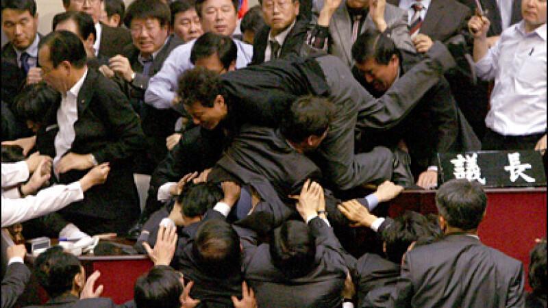 bataie in Parlamentul sud-coreean