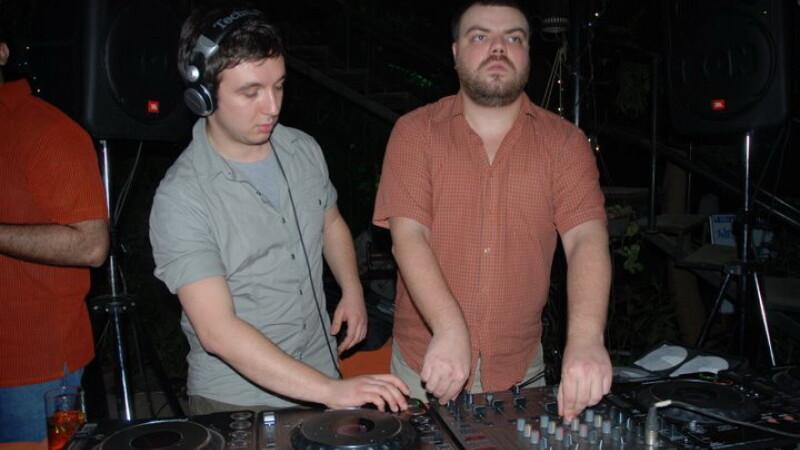DJ Vania
