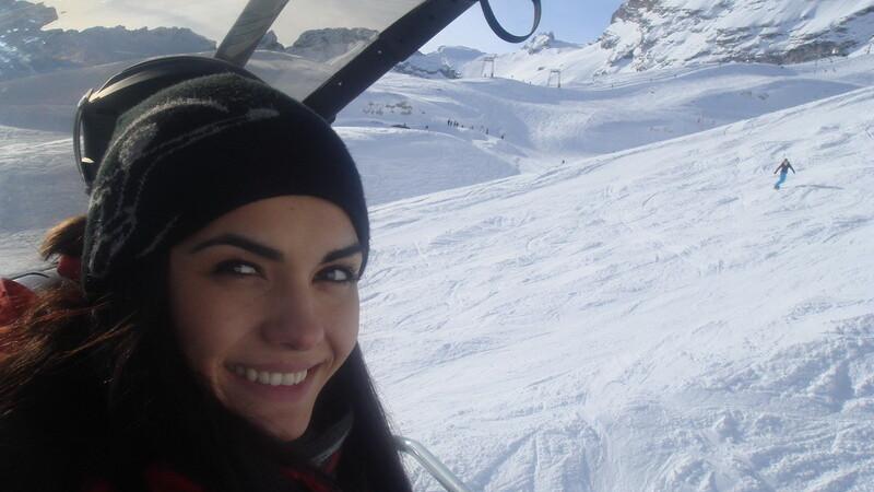 Adriela Morar la schi