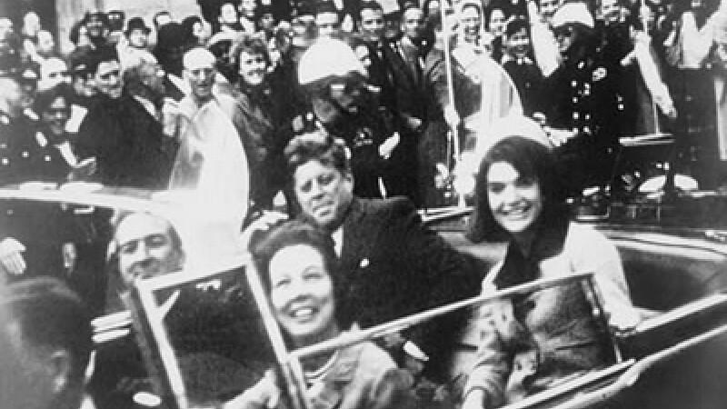 Daily Mail: Kennedy, asasinat pentru ca punea intrebari despre OZN-uri