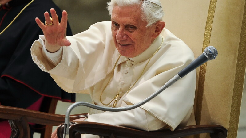 Papa Benedict al XVI-lea se pregateste pentru o viata de calugar la Vatican