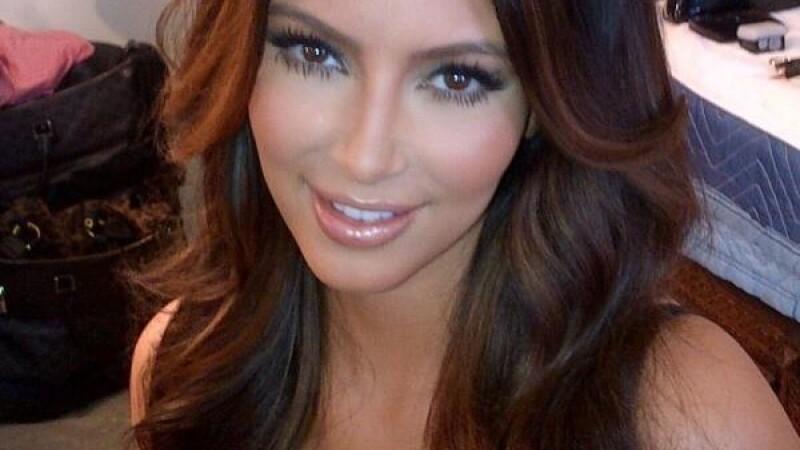 Kim Kardashian are, probabil, cea mai reusita poza de pasaport din toate timpurile