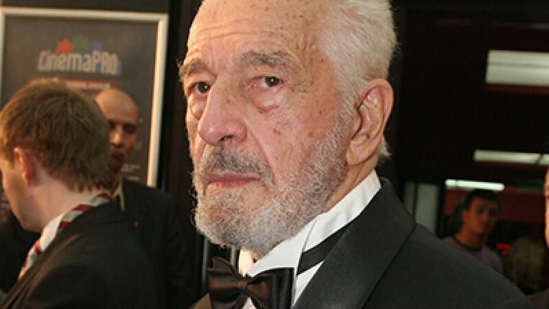 Sergiu Nicolaescu, Cancan