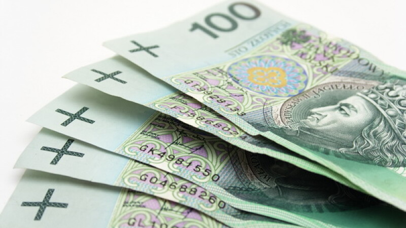 Tara din UE care nu a intrat in recesiune cade victima crizei din zona euro.Imprumut imens de la FMI